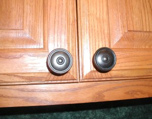 installed cabinet pulls