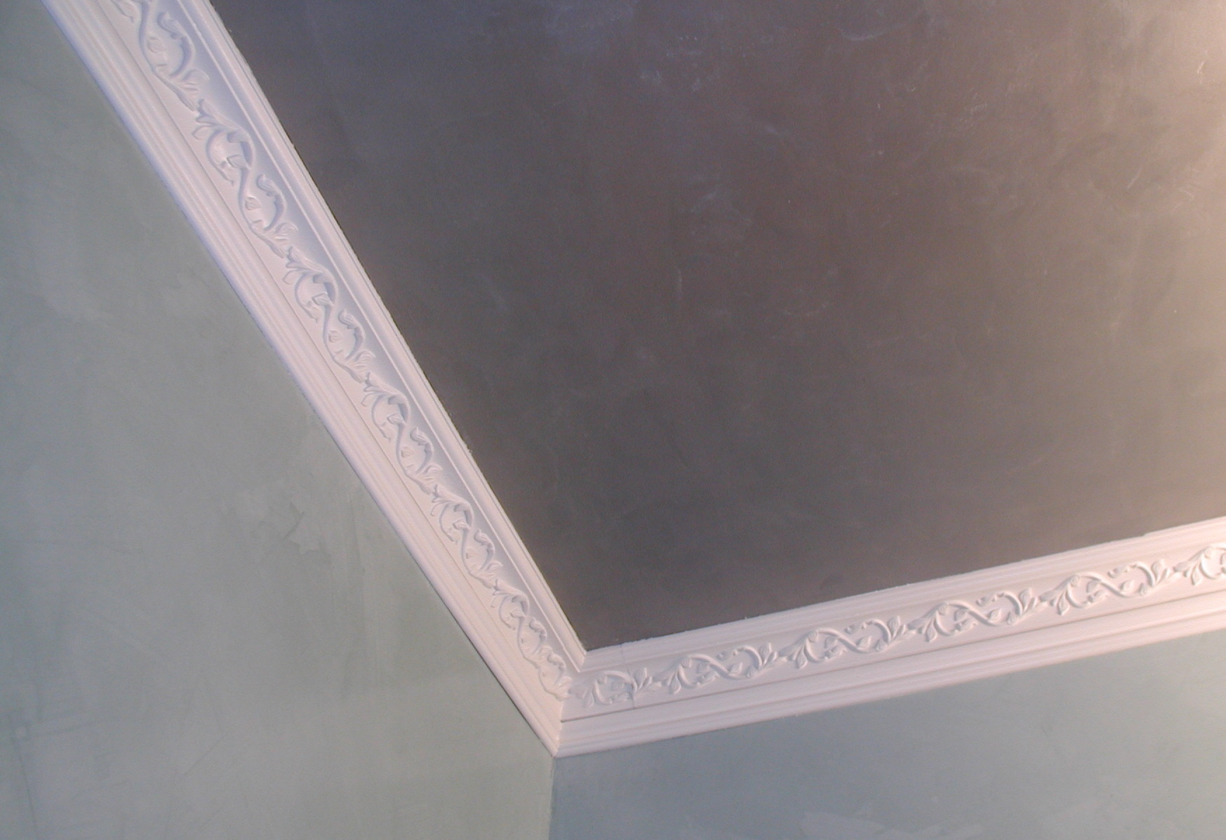 Bathroom Crown Moulding