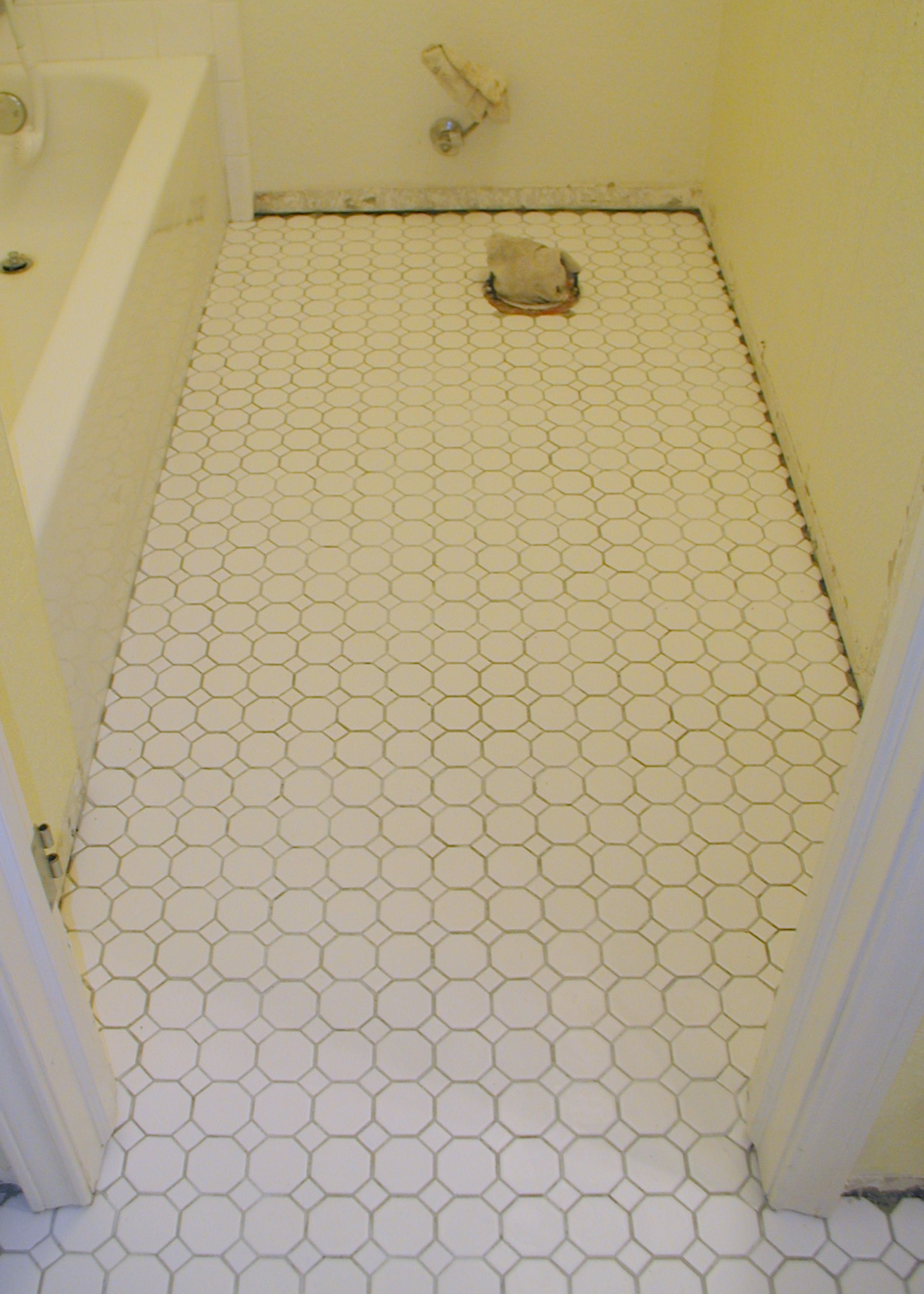 floors bathroom bathrooms floorings for commercial flooring