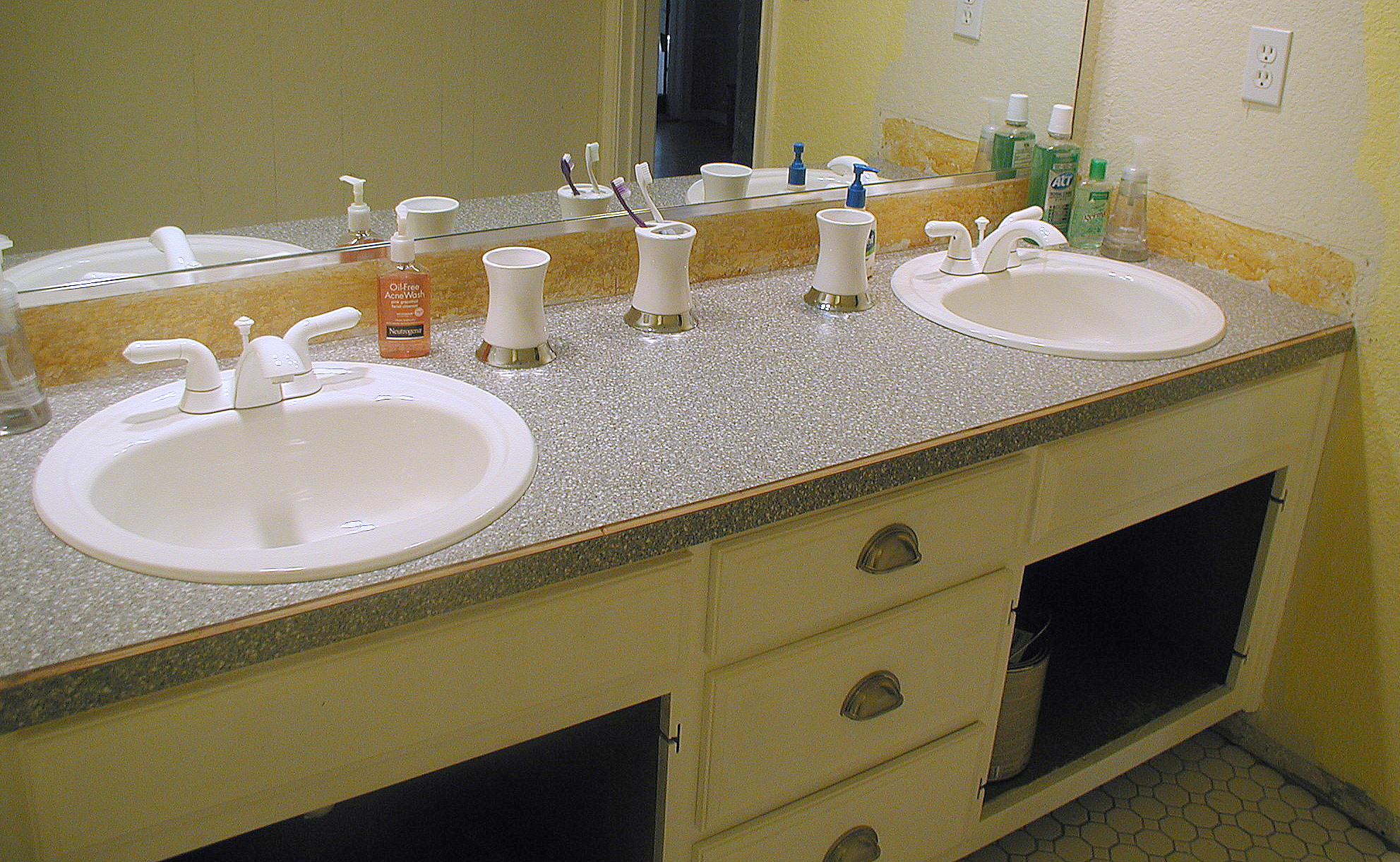 Project bathroom vanity with laminate over laminate for Bathroom countertops