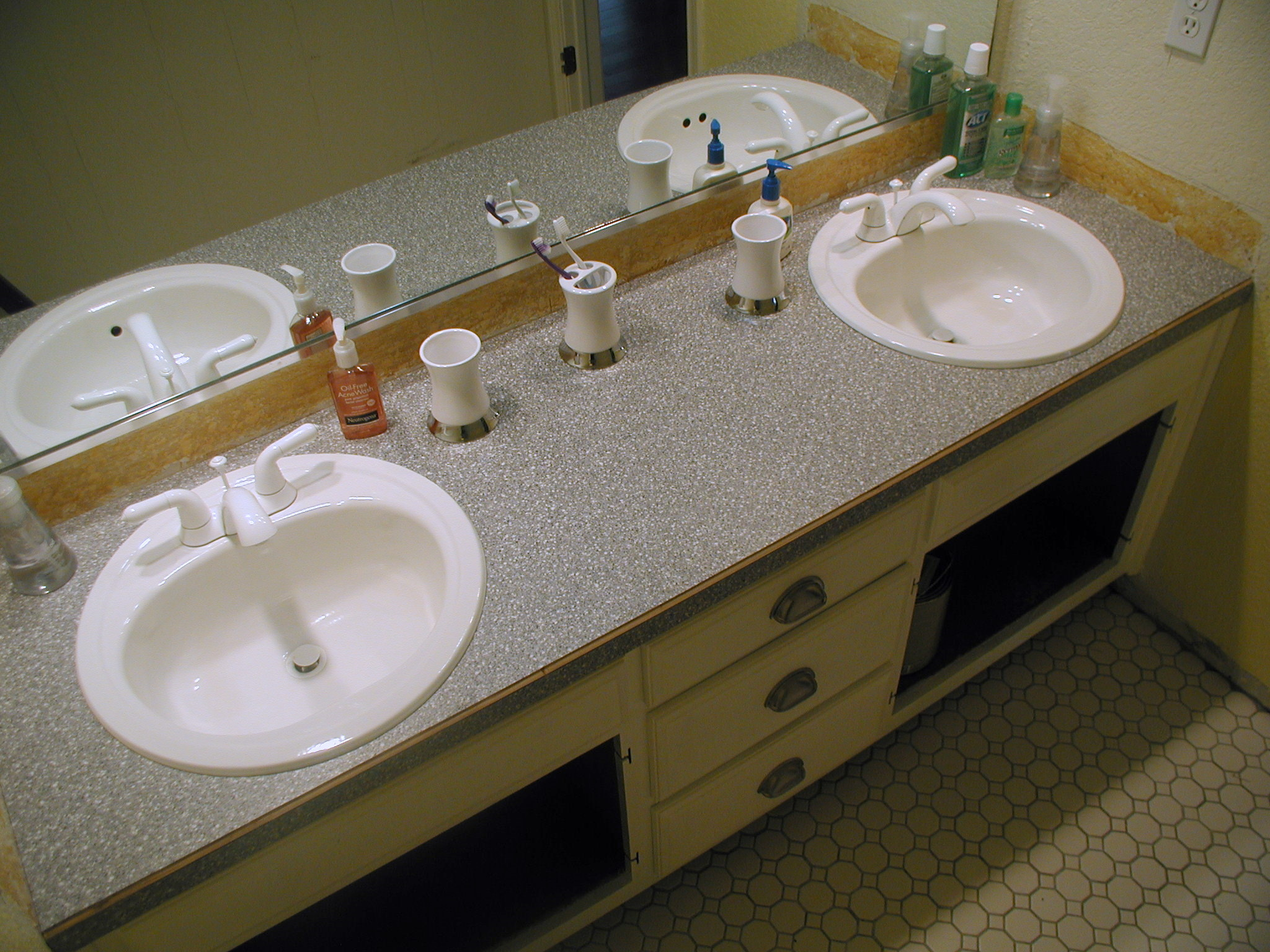 Project bathroom vanity with laminate over laminate – Front Porch
