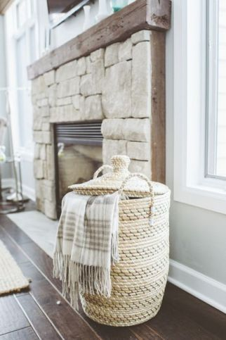 simple_fireplace_mantle